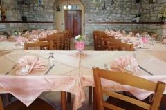 agriturismo la mongolfiera - decorazione tavoli sala