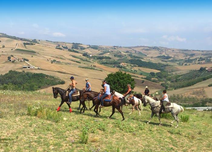 azienda agrituristica la mongolfiera escursione a cavallo