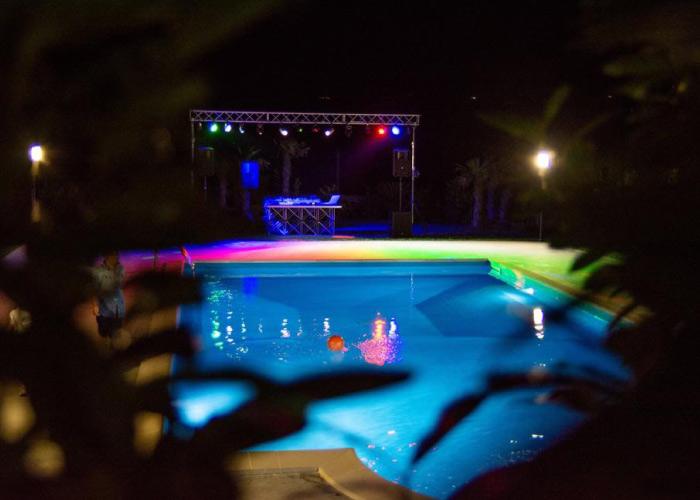 festa in piscina Benevento Fragneto Monforte